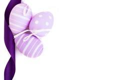 Fundo da Páscoa com os três ovos tradicionais Foto de Stock