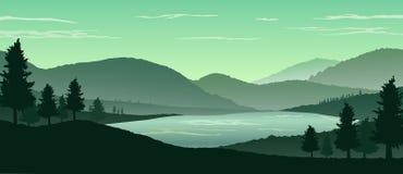 Fundo da paisagem da natureza com as silhuetas das montanhas e das árvores Imagens de Stock