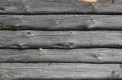 Fundo da parede de uma casa de log velha foto de stock royalty free