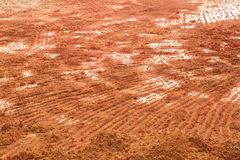 Fundo da textura do solo da laranja ou do Brown Prepare para o agricultur fotos de stock