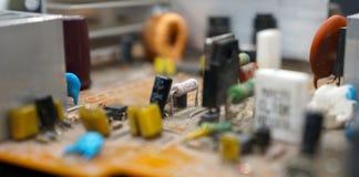 Fundo da textura dos componentes eletrônicos imagem de stock