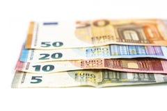 Fundo das contas das cédulas da moeda da União Europeia euro- euro 2, 10, 20 e 50 Economia dos ricos do sucesso do conceito No fu Imagem de Stock