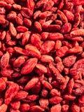 Fundo de bagas secadas do goji Alimentos super fotografia de stock royalty free
