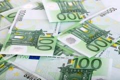 Fundo de cem euro. Imagens de Stock Royalty Free