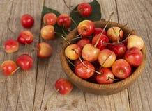 Fundo de cerejas maduras Fotografia de Stock
