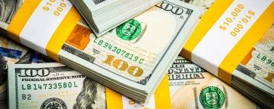 Fundo de contas novas das cédulas dos dólares americanos Fotografia de Stock