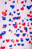 Fundo de corações do papel vermelho e azul Foto de Stock