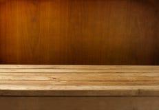 Fundo de Grunge com tabela de madeira Fotografia de Stock Royalty Free