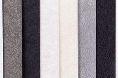 Fundo de listras verticais da paralela colorida do papel Fotografia de Stock Royalty Free