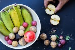Fundo de luxe do alimento Frutos diferentes da fotografia do alimento cópia Imagem de Stock