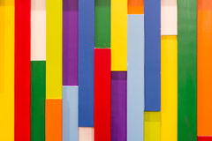 Fundo de madeira colorido do teste padrão imagens de stock