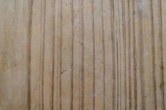 Fundo de madeira com carvings escuros fotos de stock