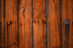 Fundo de madeira da textura da porta de celeiro do vintage velho foto de stock