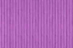 Fundo de madeira da textura do teste padrão do grunge roxo, pranchas de madeira Imagens de Stock Royalty Free