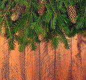 Fundo de madeira do Natal com árvore de abeto Imagens de Stock Royalty Free