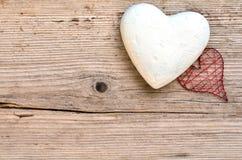Fundo de madeira dos corações Fotos de Stock