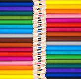 Fundo de madeira dos lápis do arco-íris colorido, de volta à escola, conceito da faculdade criadora Foto de Stock Royalty Free