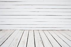 Fundo de madeira pintado branco da parede e do assoalho imagens de stock royalty free