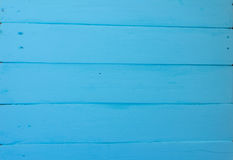 Fundo de madeira Textura, a superfície das placas idosas da madeira natural com máscaras diferentes da cor azul brilhante Imagens de Stock Royalty Free