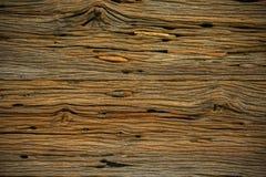 Fundo de madeira velho da casa velha Corrosão da base ou do teto no interior da casa Corrosão do fundo de madeira e da área vazia fotos de stock