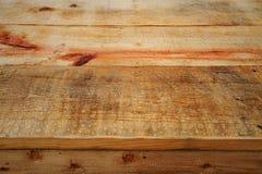 Fundo de madeira velho da casa velha Corrosão da base ou do teto no interior da casa Corrosão do fundo de madeira e da área vazia fotografia de stock
