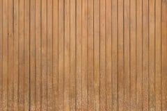 Fundo de madeira velho vertical da textura da parede de Brown imagens de stock