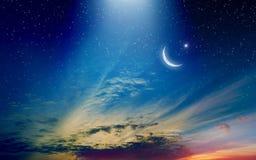 Fundo de Ramadan Kareem com crescente e estrelas fotos de stock royalty free