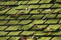 Fundo de telhas de telhado velhas Fotos de Stock Royalty Free