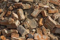 Fundo de tijolos destruídos velhos fotos de stock