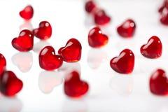 Fundo de vidro vermelho dos corações Fotografia de Stock