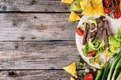 Fundo do alimento com ingredientes da tortilha fotos de stock royalty free