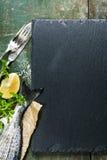 Fundo do alimento com peixes e vinho fotos de stock royalty free