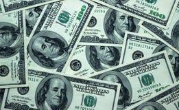 Fundo do americano 100 cédulas do dólar, fim acima Foto de Stock