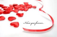 Fundo do amor. Corações e fita pequenos Imagem de Stock Royalty Free