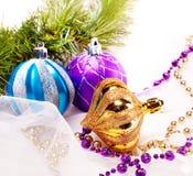 Fundo do ano novo com bolas da decoração Foto de Stock Royalty Free