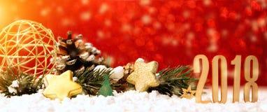 Fundo 2018 do ano novo feliz com decoração do Natal Foto de Stock Royalty Free