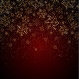 Fundo do ano novo do Natal com flocos de neve do ouro e para brilhar teste padrão do Natal festivo vermelho do fundo do inverno e ilustração royalty free