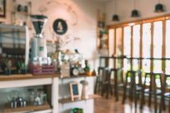 Fundo do borrão da cafetaria fotos de stock royalty free
