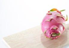 Fundo do branco do fruto do dragão Foto de Stock Royalty Free