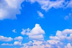 Fundo 171019 0182 do céu azul e das nuvens Fotografia de Stock