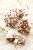 Fundo do cartão de Natal com bolinhos do gengibre Fotografia de Stock Royalty Free