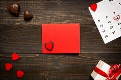 Fundo do dia do ` s do Valentim com espaço da cópia Coração verde estilizado da ilustração do vetor Fotografia de Stock Royalty Free