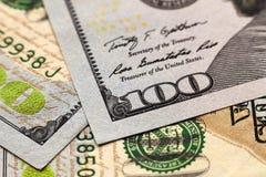 Fundo do dinheiro das notas de dólar dos E.U. cem Fotos de Stock