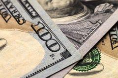 Fundo do dinheiro das notas de dólar dos E.U. cem Imagens de Stock