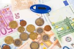 Fundo do Euro e dos Internet banking imagens de stock royalty free