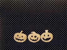 Fundo do feriado de Dia das Bruxas com Jack-o'-lanterna das abóboras sobre Imagem de Stock Royalty Free