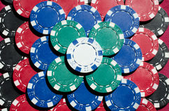 Fundo do fim acima de microplaquetas de pôquer Imagens de Stock