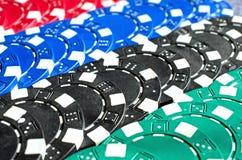 Fundo do fim acima de microplaquetas de pôquer Imagens de Stock Royalty Free