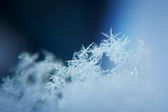 Fundo do floco de neve, congelado inverno Close up, macro fotos de stock royalty free