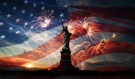 Fundo do grunge da independência Day Liberdade que ilumina o mundo Imagens de Stock
